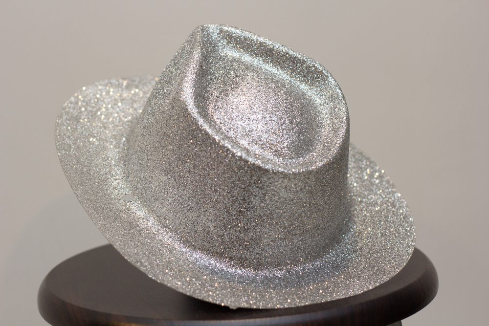 silver_hat